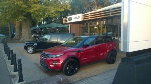 Bezoek aan Harwoods Land Rover in Pulborough.